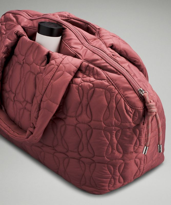 Quilted Embrace Tote Bag 20L