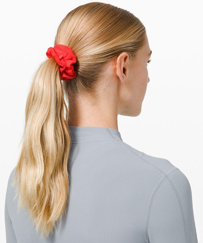 Uplifting Scrunchie *Power Mesh
