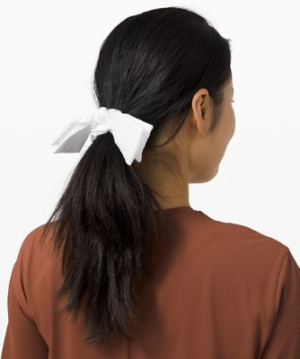 Uplifting Scrunchie *Ribbon