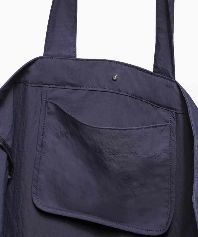 Pack the Pocket Tote