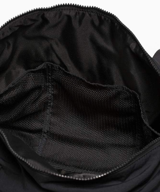 On My Level Barrel Bag *16L
