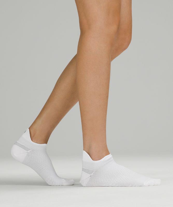MicroPillow� Tab Run Sock