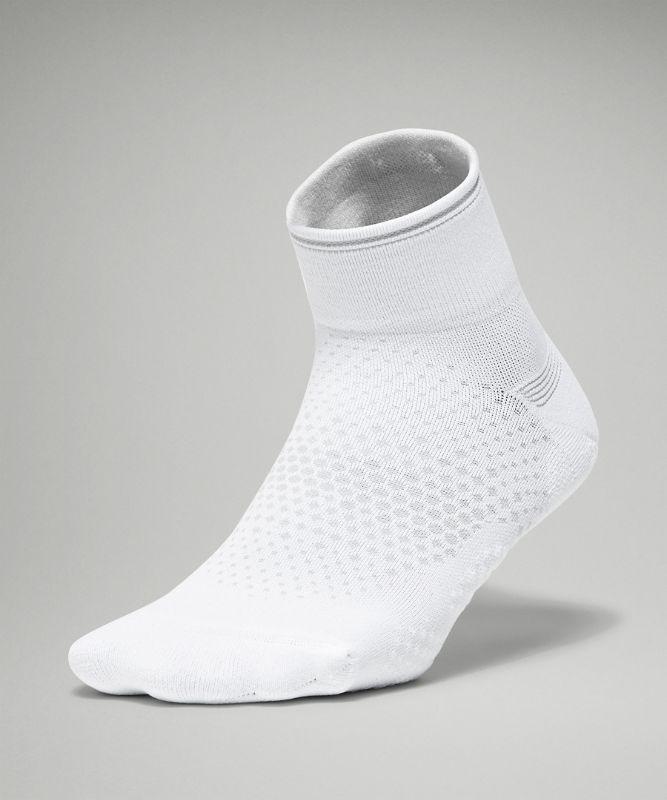 MacroPillow� Ankle Run Sock