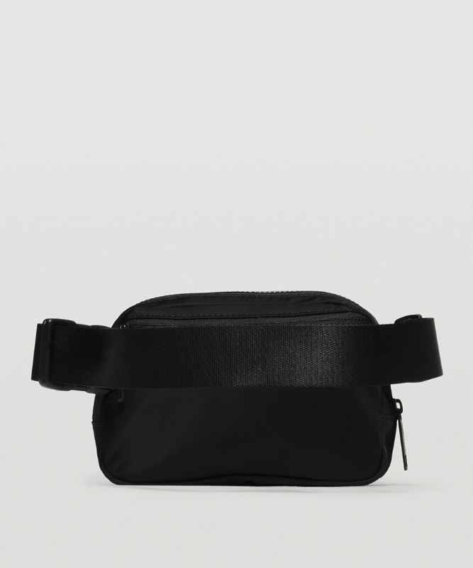 Everywhere Belt Bag