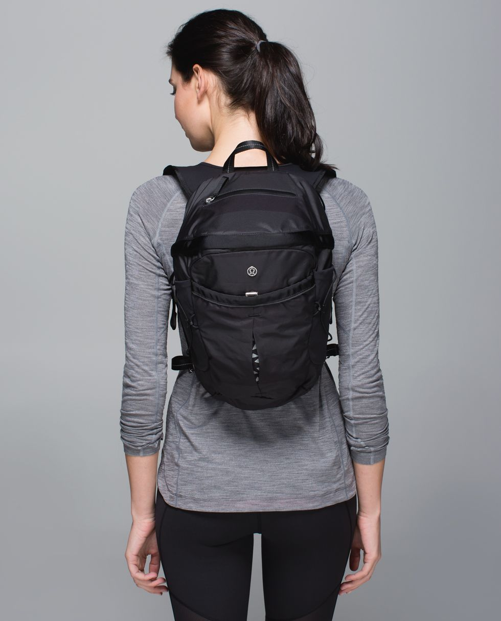 Run All Day Backpack Women S Bags Lululemon Athletica