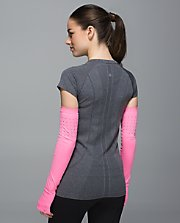 W Swiftly Arm Warmers
