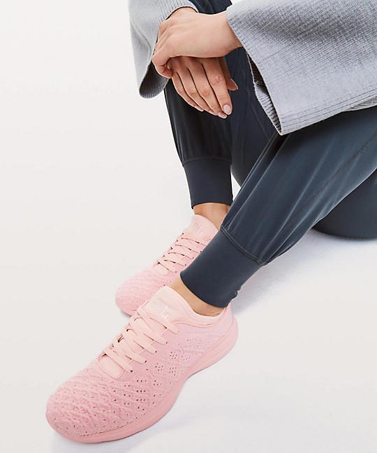 9081a5f6ba8 Women s TechLoom Phantom Shoe